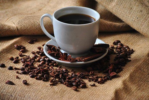 콜드브루? 더치커피? 조금만 알아도 '있어 보이는' 커피 팁!